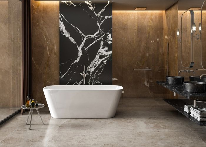 Image of Charlotte Edwards Thebe Bath in Gloss White