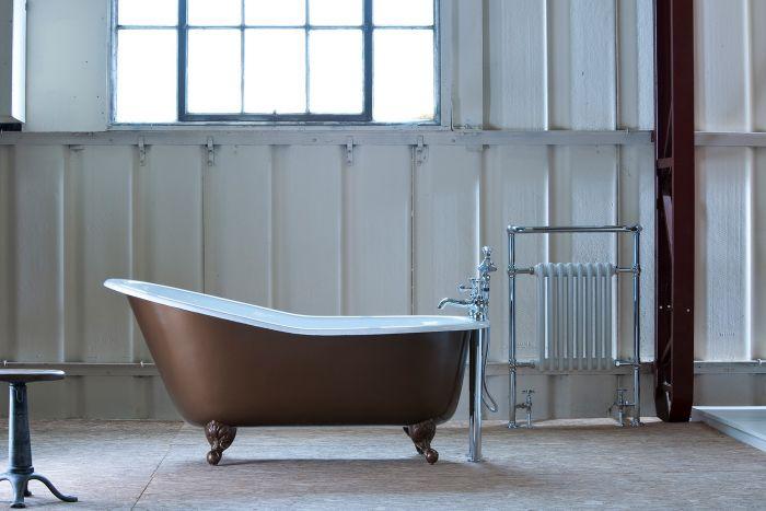 Arroll - Bordeaux Cast Iron Bath - 1700mm x 780mm